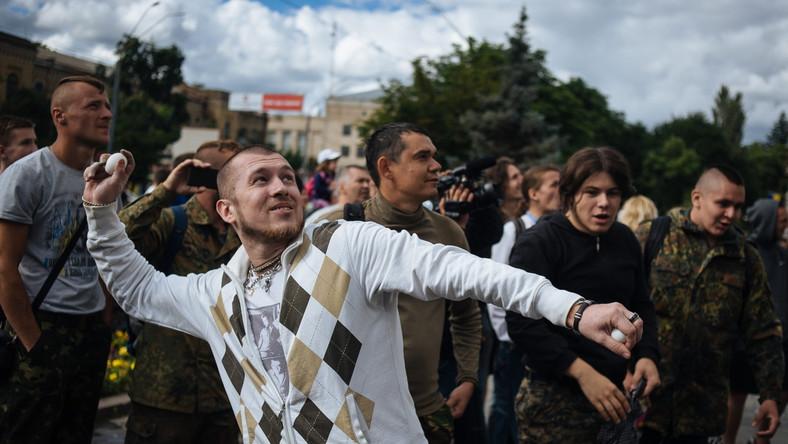 Rosja potępia atak na ambasadę w Kijowie