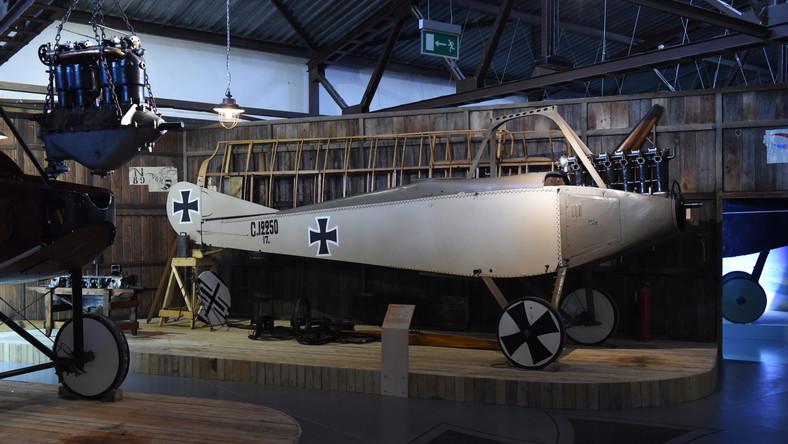 Niemiecki samolot rozpoznawczy Aviatik C.III z 1916 r.