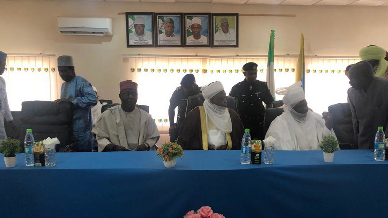 Sultan of Sokoto Abubakar Sa'ad, Emir of Keffi, CEO General Electric Nigeria Lazarus Angbazo during the presentation of IT laboratory to Nasarawa State University