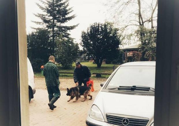 Beskućnik sa svojim psom