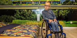 Trzeba naprawić nóżki Jasia!  Rodzice chłopca, aby ratować zdrowie ukochanego synka, musieli się zapożyczyć. To jednak nie koniec ich problemów