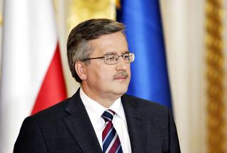 Sondaż: Polacy krytycznie oceniają nowy Sejm i Senat; pozytywnie - pracę Komorowskiego