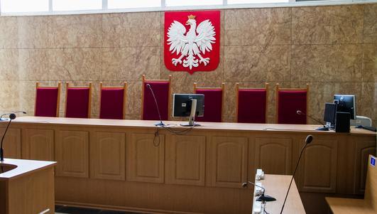 Znieważył tablicę upamiętniającą zsyłki Polaków na Syberię. Jest akt oskarżenia