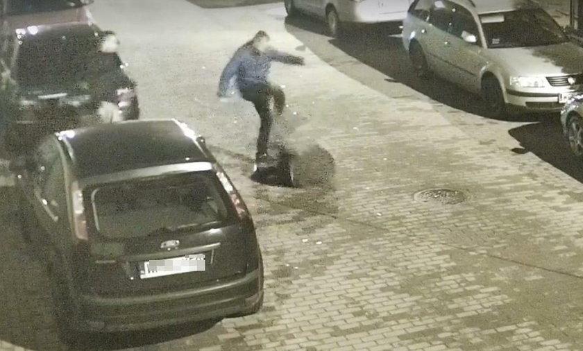 Brutalne pobicie w Płońsku. Młody mężczyzna skopany po głowie
