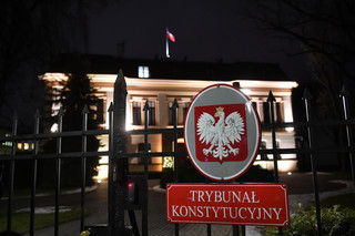 Rzecznik KSP: W czwartek trzy osoby wtargnęły na teren Trybunału Konstytucyjnego. 14 zatrzymanych