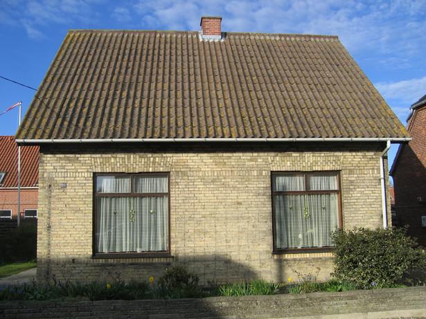 Każda osoba, która kupiła w latach 2007–2008 mieszkanie lub dom i była w nim zameldowana przez co najmniej 12 miesięcy, może przy zbyciu tych nieruchomości skorzystać z ulgi meldunkowej
