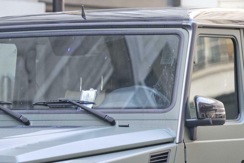Mesut Oezil podpadł londyńskiej policji. Piłkarz Arsenalu dostał mandat za nieprawidłowe parkowanie