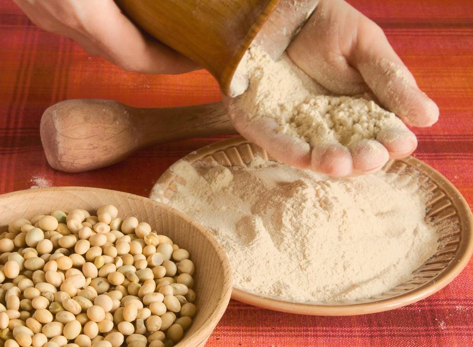 Używaj mąki z nasion roślin strączkowych
