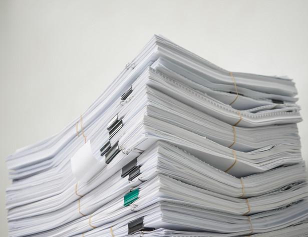 W 2014 roku weszło w życie 1995 aktów prawnych. Przepisy te zajmowały w sumie 25 634 strony.
