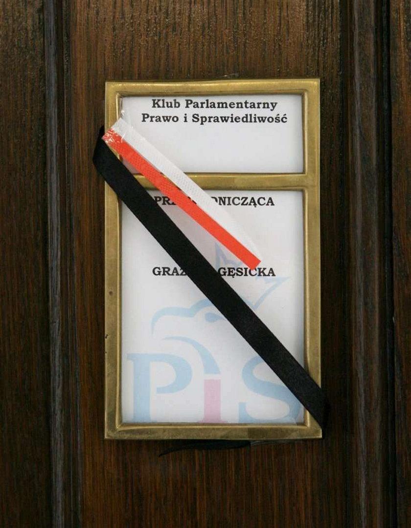 gabinet, żałoba, Lech Kaczyński, katastrofa, śmierć prezydenta, Smoleńsk, Katyń