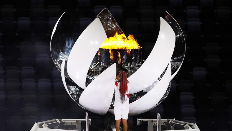Naomi Osaka zapala olimpijski znicz