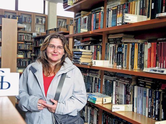 Neda Zdravković u Narodnoj biblioteci