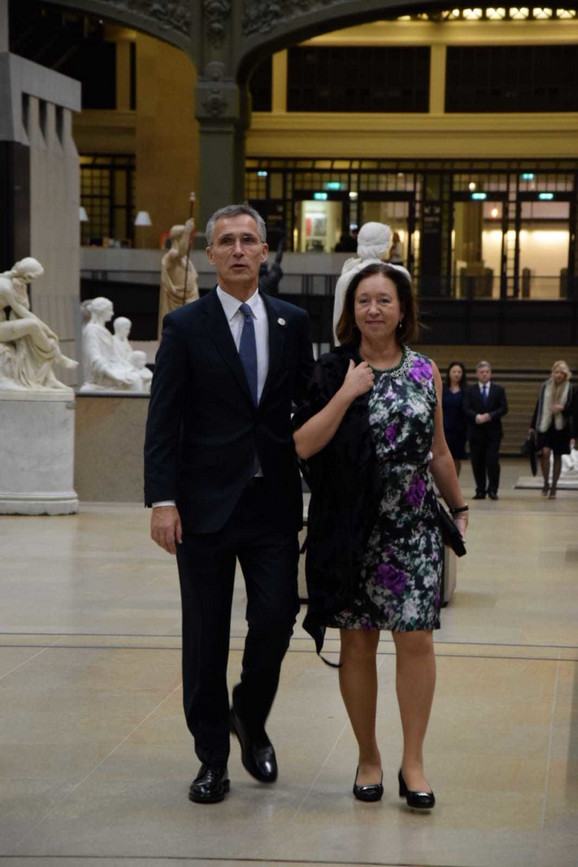 Jens Stoltenberg sa suprugom