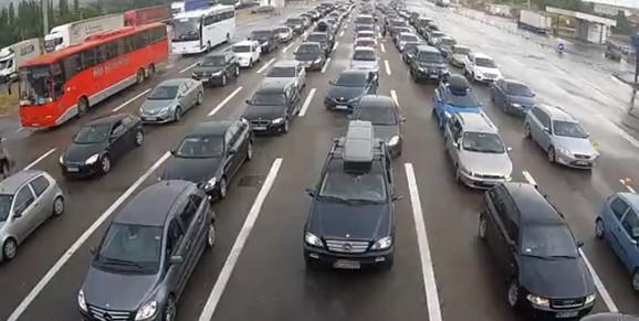 Kilometarske kolone i na graničnom prelazu Preševo na izlazu iz Srbije