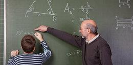Ile zarabiają nauczyciele? Mamy twarde dane