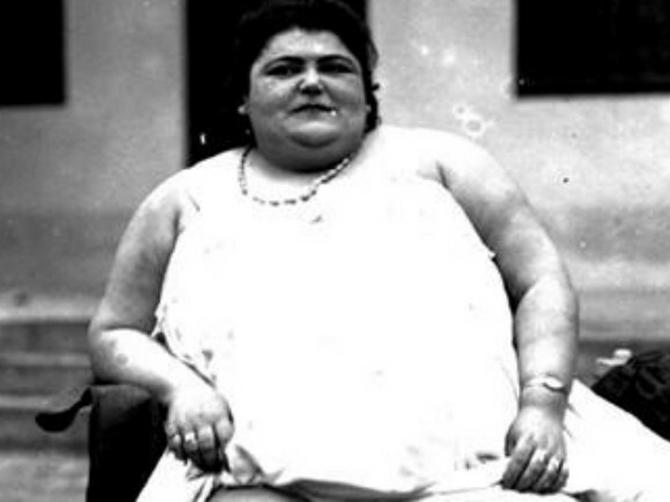Beograđani nisu žalili para samo da vide ROZU DEBELU: Donji deo slike otkriva zašto je 1929. ona bila GLAVNA ATRAKCIJA