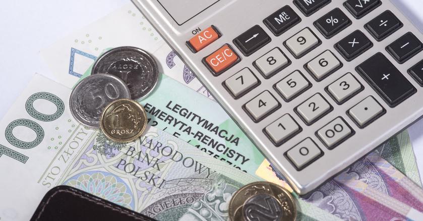 Problem zaniżonych emerytur miał zostać rozwiązany w 2009 r. Tak się jednak nie stało