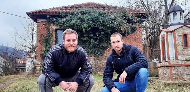 Stefan i Milan, Donji Barbeš