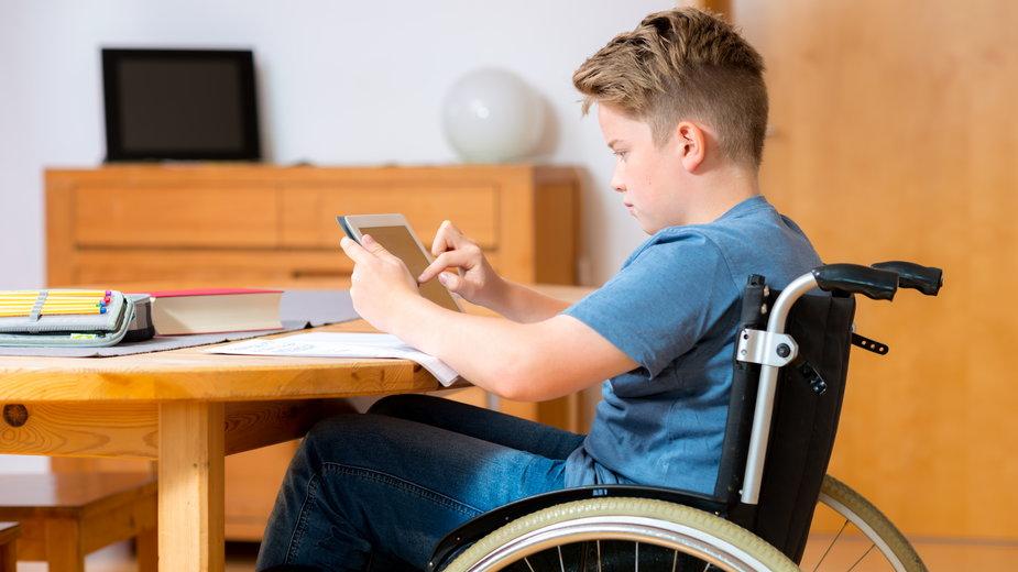 Dyrektorzy podkreślają - dzieci chore i z niepełnosprawnościami nie przejdą bezobjawowo koronawirusa, one będą walczyły o życie