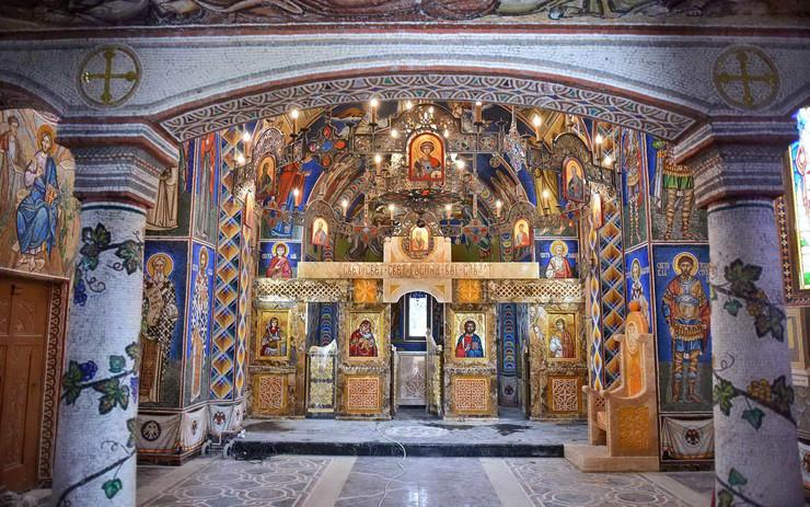 Kragujevac_Bajcetina_crkva koju je podigao Tomislav Nikolic_foto Nebojsa Raus001