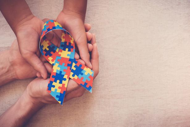 Sejm w środę rano przyjął uchwałę w sprawie wsparcia i wyrównywania szans osób w spektrum autyzmu.