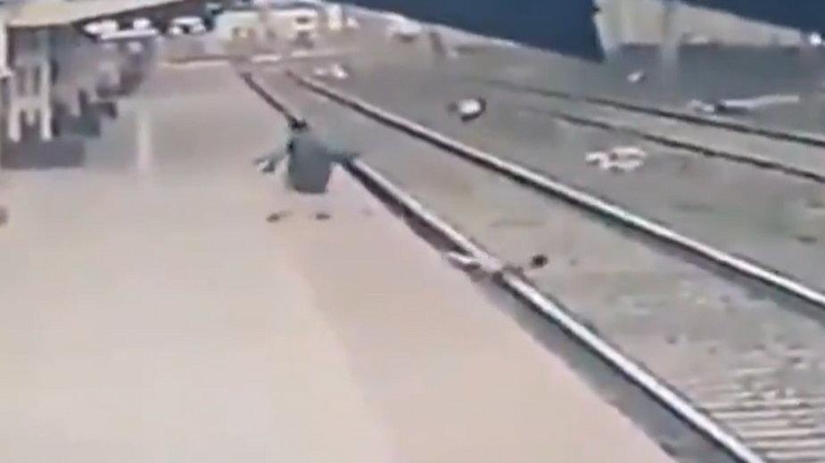 Kadr z nagrania udostępnionego przez ministerstwo transportu Indii
