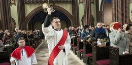 Przez pandemię święcenia pokarmów w Katowicach nie będzie. Co innego w Sosnowcu - tamtejszy biskup nie widzi problemu