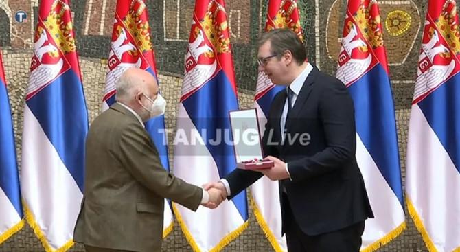 Dodela Sretenjskih priznanja:  Aleksandar Vučić i Aleksandar Berček