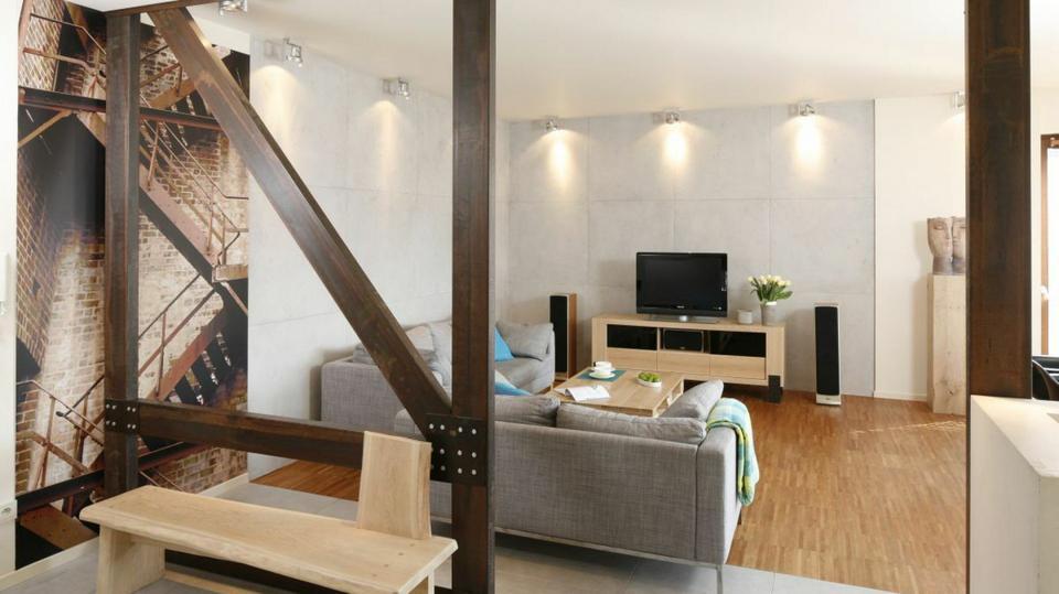 Pomysły na ścianę w salonie, kuchni i sypialni. Fajne aranżacje z polskich domów
