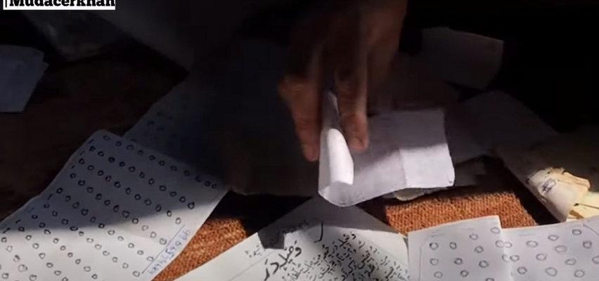 Nie potrafi czytać ani pisać. A tworzy niezwykłą poezję