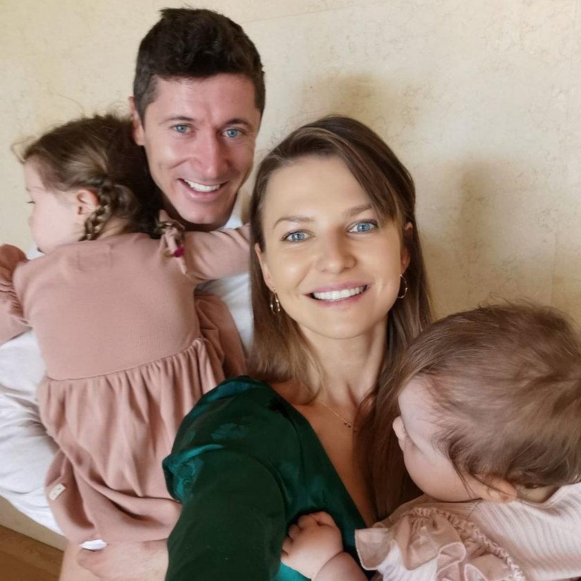 Robert Lewandowski (33 l.) nieraz podkreśla, ze rodzina jest dla niego najważniejsza.