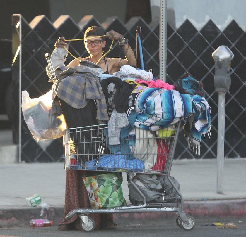 Upadek pięknej modelki. Po rozwodzie z gwiazdorem trafiła na ulicy