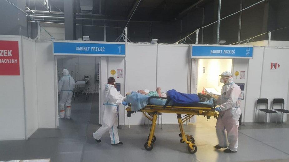 Szpital tymczasowy w Kielcach przyjmie większą liczbę pacjentów