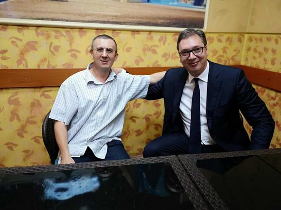 Susret drugova iz vojske: Fikret Demiri i Aleksandar Vučić