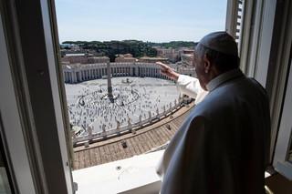 """Franciszek 'za' cywilnymi związkami jednopłciowymi. """"To dzieci Boże i mają prawo do rodziny"""""""
