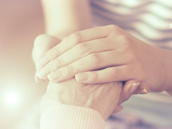 Te noći zagrlila sam mamu i znala da je to poslednji put