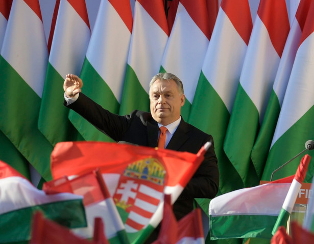 Fidesz odzyskał większość konstytucyjną