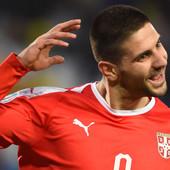 AKO NIŠTA DRUGO, BAR ĆEMO DA SVETLIMO U MRAKU! Ovo je NOVI fudbalski dres reprezentacije Srbije! Grb je... NIKAD VIĐEN!