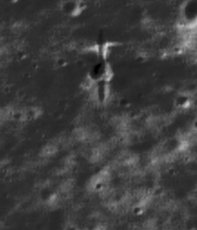 Deo otpada - letelica ESA-e SMART-1 kontrolisano je oborena na Mesec 2006.
