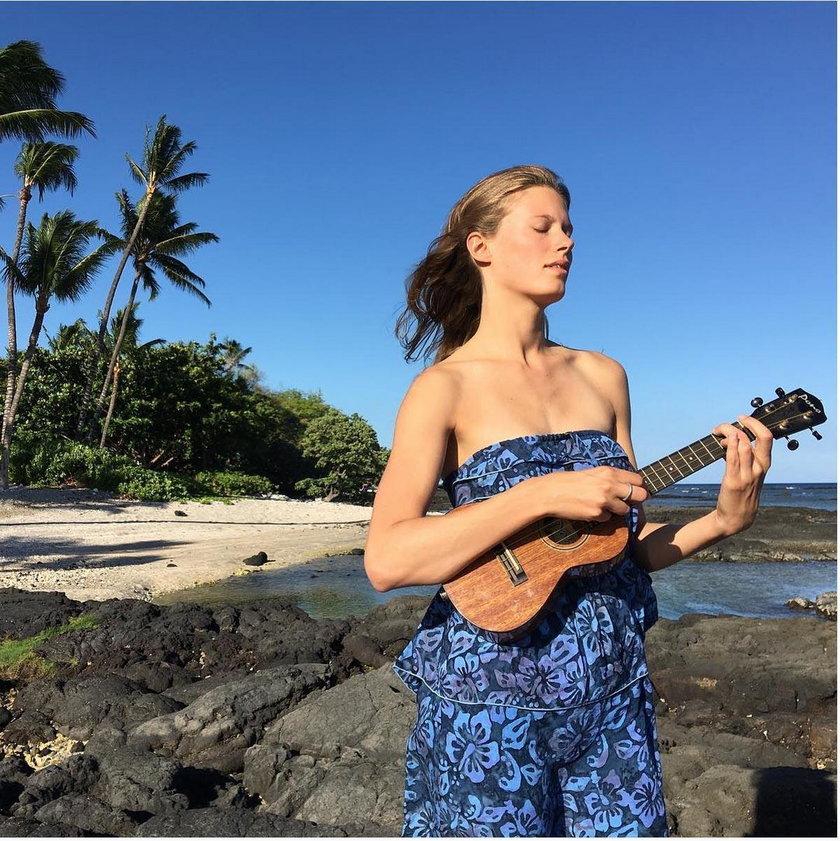 Julia Pietrucha na Hawajach