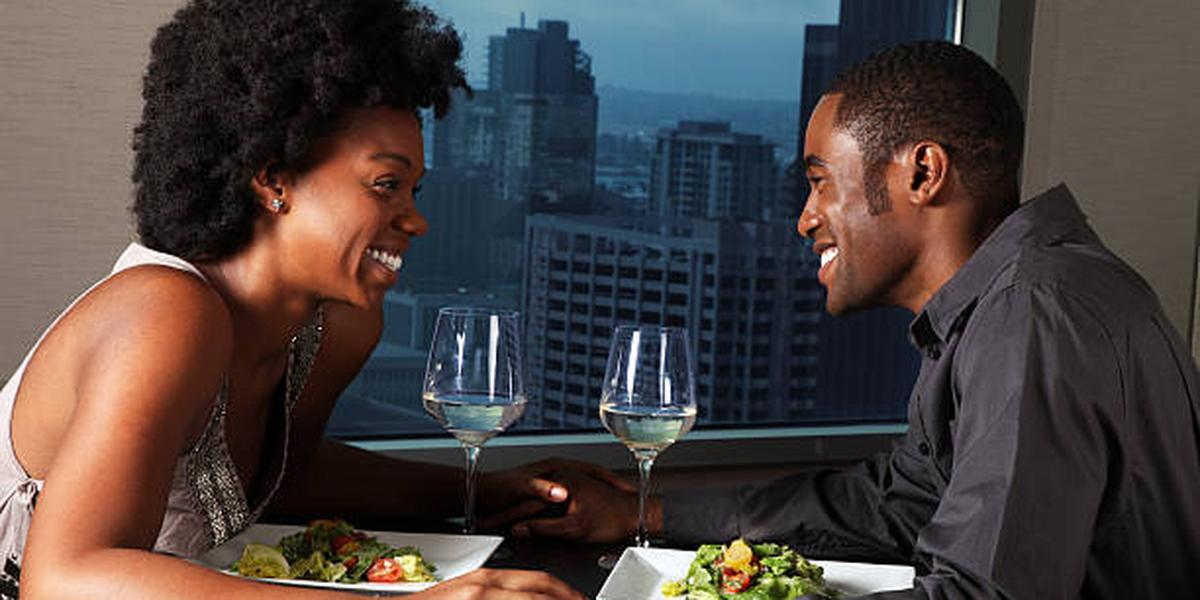 8 topics to avoid talking about on a first date