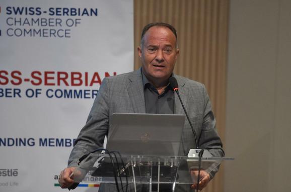Ministar prosvete Mladen Šarčević na današnjoj konferenciji