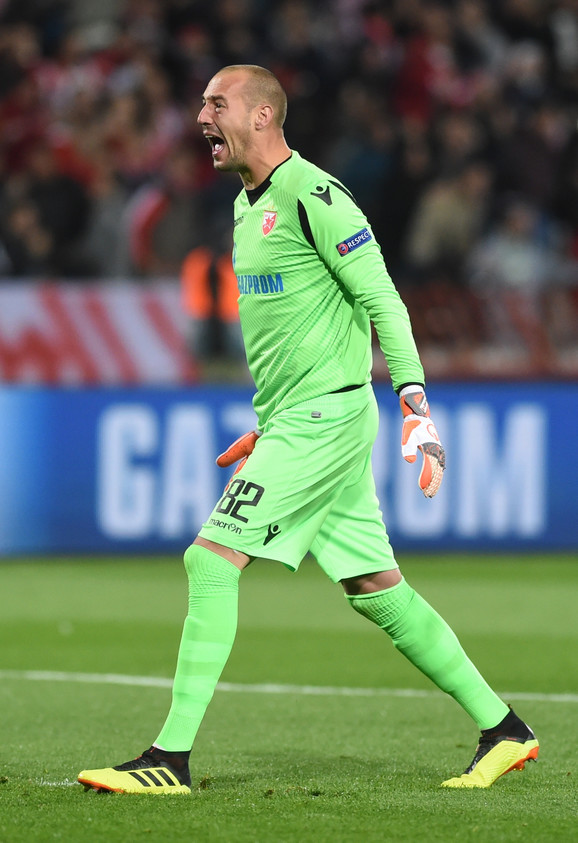 Milan Borjan slavi pobedu nad Liverpulom