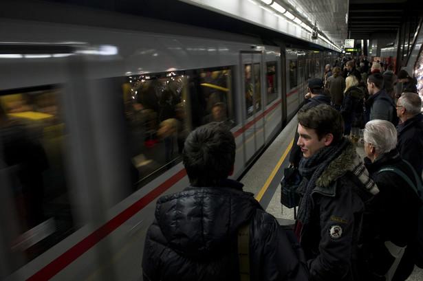 Jest decyzja o budowie III linii metra. W pierwszym etapie ma powstać 6 stacji