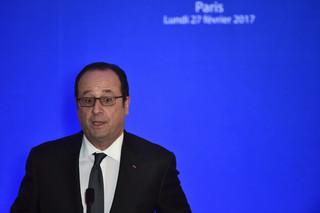 Francja: Strzały podczas przemówienia Hollande'a