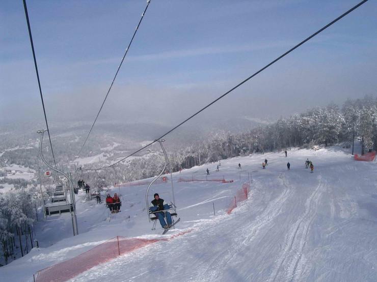 Skijaliste Divcibare staza i zicara_221115_foto Predrag Vujanac