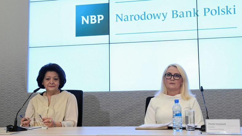 Zastępca dyrektora Departamentu Kadr Narodowego Banku Polskiego Ewa Raczko (L) i dyrektor Departamentu Prawnego Dorota Szymanek (P) podczas konferencji prasowej w siedzibie NBP