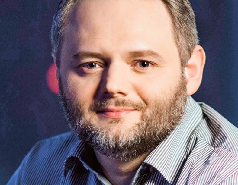 Franciszek Rakowski, doktor nauk fizycznych z Interdyscyplinarnego Centrum Modelowania Matematycznego i Komputerowego Uniwersytetu Warszawskiego. Pracuje jako principal data scientist w Samsungu