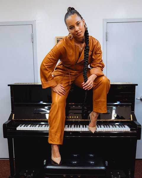 Alicia Keys will be for the second time in a roll host the 62nd edition of the Grammy awards. [Instagram/AliciaKeys]