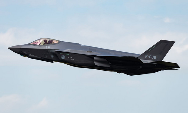 F 35 A